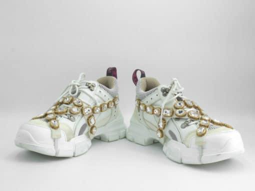 Baskets Gucci Flashtrek pour femme avec cristaux amovibles couleur blanc