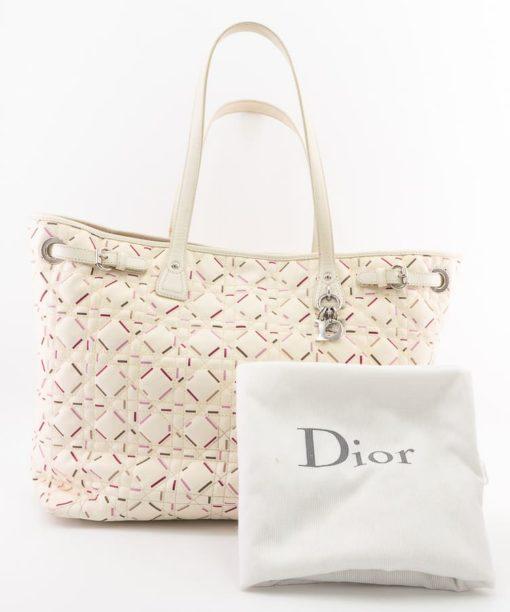Sac à main Dior authentique d'occasion Panarea Grand Modèle en toile cannage blanc motif confettis