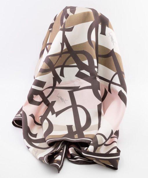 Carré Yves Saint Laurent 90 motif logo YSL authentique d'occasion en soie