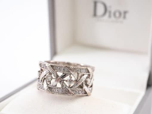 Bague signée Dior Collection My Dior authentique d'occasion en or blanc de 18ko sertie des diamants