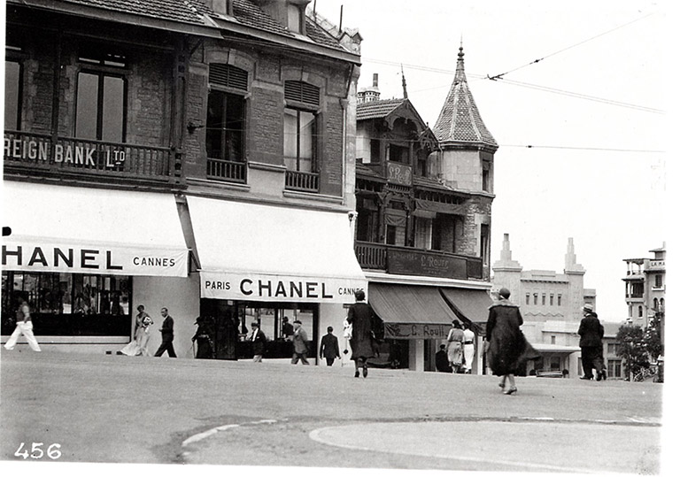 Boutique Chanel en 1915 à Biarritz
