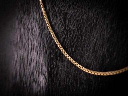 Chaine en or 18 carats pour pendentif