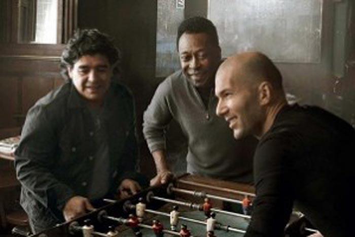 Maison Louis Vuitton publicitè Zidane Maradona Pelè