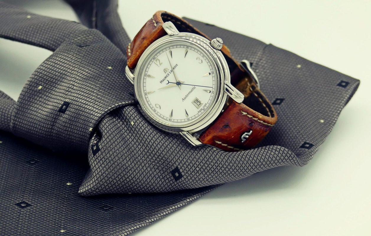 Montre Maurice Lacroix avec bracelet cuir