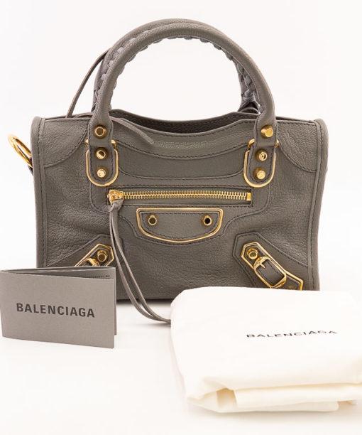 Sac Balenciaga Classic City Nano cuir couleur taupe